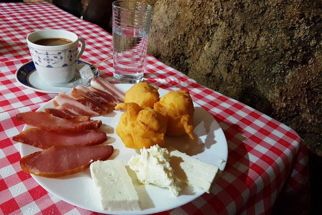 Typisch Servisch eten en drinken