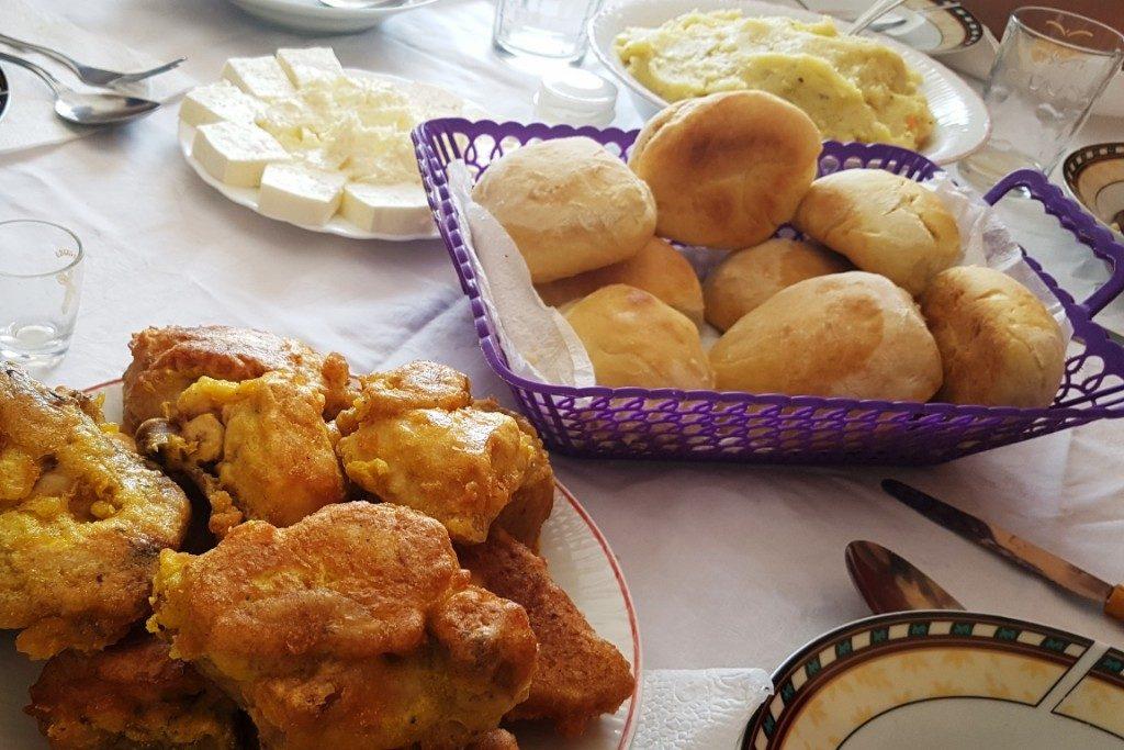 Eten bij een Servisch gezin